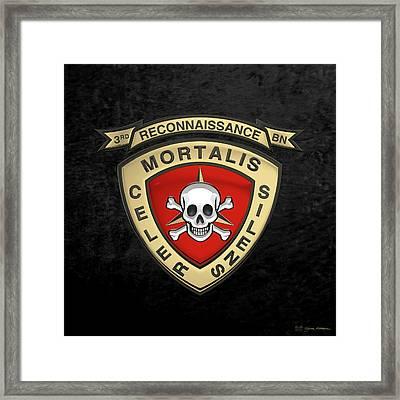 U S M C  3rd Reconnaissance Battalion -  3rd Recon Bn Insignia Over Black Velvet Framed Print