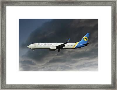 Ukraine International Airlines Boeing 737-9kv Framed Print