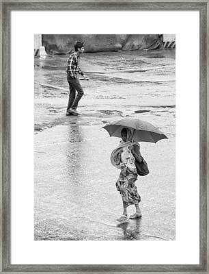 Umbrella No Umbrella  Framed Print by Prakash Ghai