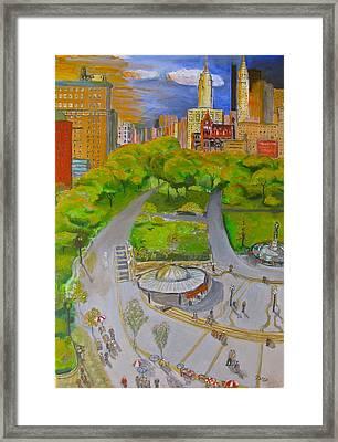 Union Square Nyc Framed Print by Natey Freedman