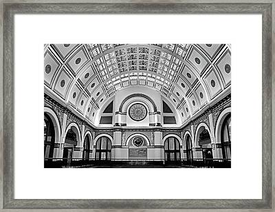 Union Station Lobby Bw Framed Print
