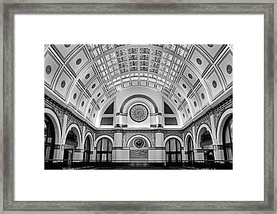 Union Station Lobby Bw Framed Print