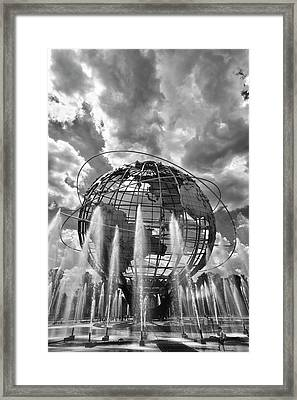 Unisphere And Fountains Flushing Meadow Park Nyc Framed Print by Robert Ullmann