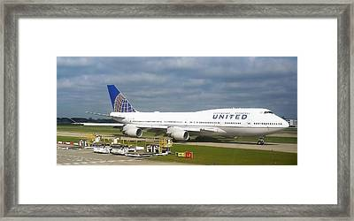 United Airlines Boeing 747-400 Framed Print