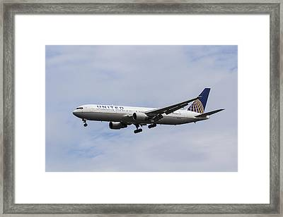United Airlines Boeing 767 Framed Print