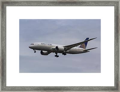 United Airlines Boeing 787 Framed Print