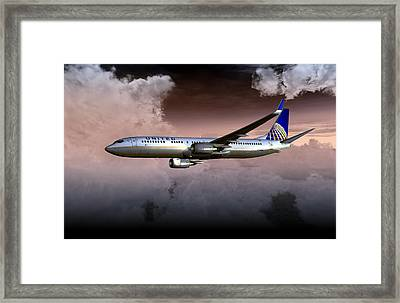United Continental 737 Ng 01 Framed Print