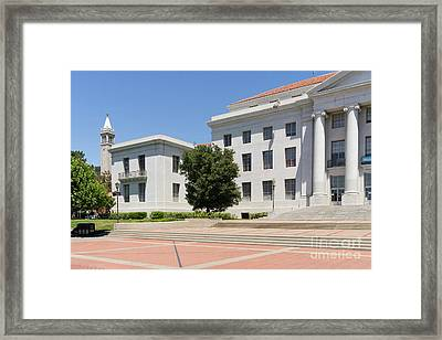 University Of California Berkeley Historic Sproul Hall At Sproul Plaza And The Campanile Dsc4084 Framed Print