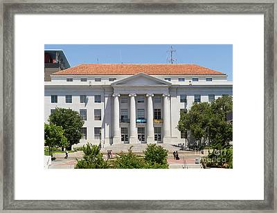 University Of California Berkeley Historic Sproul Hall At Sproul Plaza Dsc4088 Framed Print