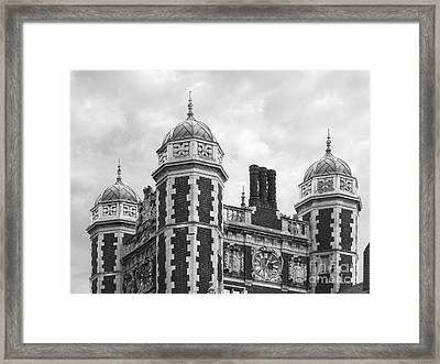 University Of Pennsylvania Quadrangle Towers Framed Print by University Icons