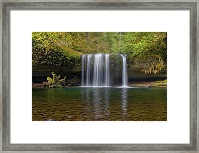 Upper Butte Creek Falls In Fall Season Framed Print by David Gn