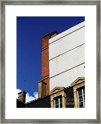Urbain_01 Framed Print