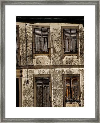 Urbain_05 Framed Print