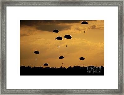 U.s. Army Soldiers Parachute Framed Print by Stocktrek Images