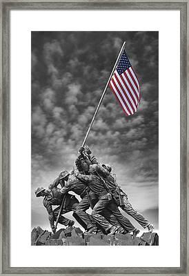Us Marine Corps War Memorial Framed Print by Mike McGlothlen