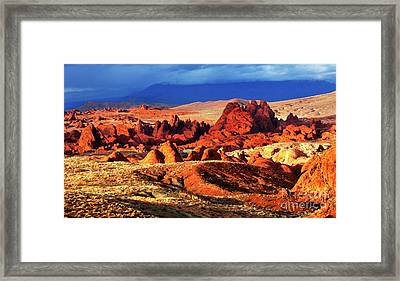 Valley Of Fire Evening Light Framed Print by Bob Christopher