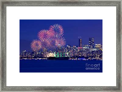 Vancouver Celebration Of Light Fireworks 2015 - China  Framed Print by Terry Elniski