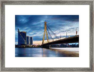 Framed Print featuring the photograph Vansu Tilts by Fabrizio Troiani