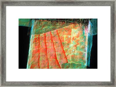 Veiled Mystery Column Framed Print by Sue Reed