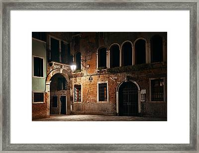 Framed Print featuring the photograph Venice Alley At Night by Songquan Deng