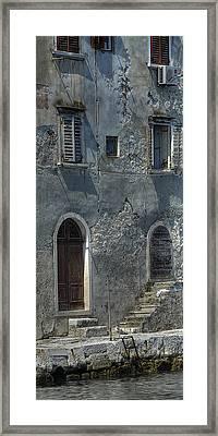 Vertical Texture Framed Print