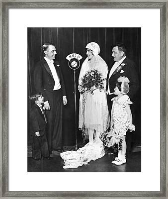 Vfw Wedding Couple Framed Print by Underwood Archives