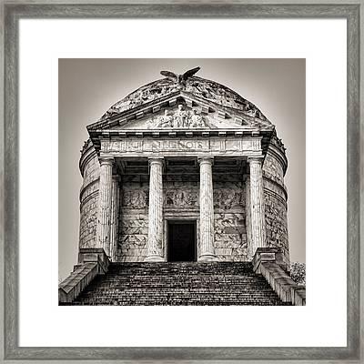 Vicksburg - Illinois Memorial In Black And White Framed Print by Stephen Stookey