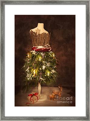 Victorian Festive Christmas  Framed Print by Amanda Elwell