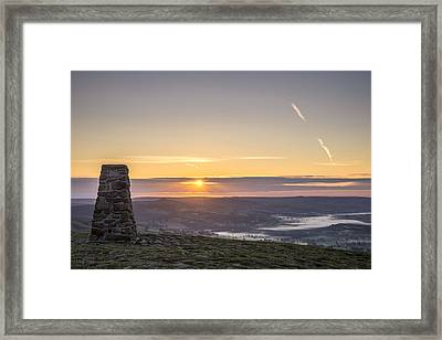 View Over The Hope Valley From Mam Tor At Dawn Framed Print