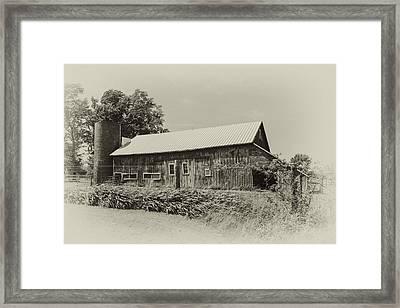 Vintage Barn Framed Print