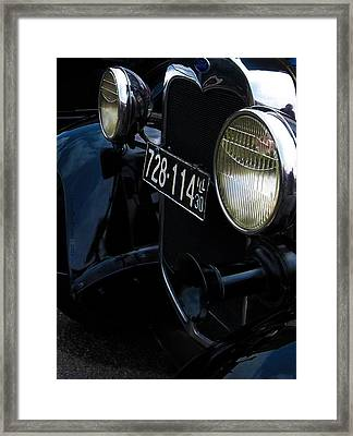 Vintage Illinois License Plate In Black Framed Print by Laura Birr Brown