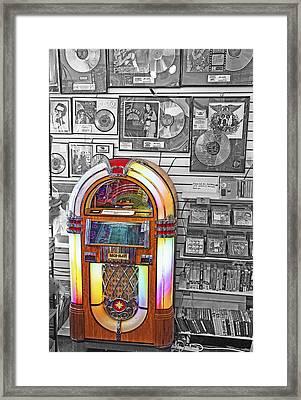 Vintage Jukebox - Nostalgia Framed Print by Steve Ohlsen