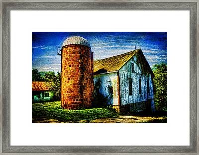 Vintage Silo Framed Print by Trudy Wilkerson