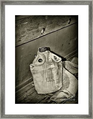 Vintage Us Canteen In Black And White Framed Print