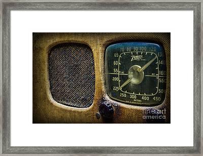 Vintage Zenith Radio Framed Print by Paul Ward
