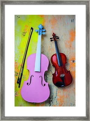 Violin Couple Framed Print