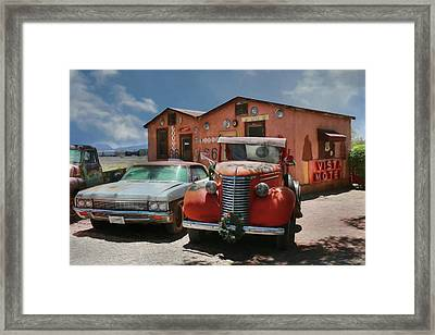 Framed Print featuring the photograph Vista Motel by Lori Deiter
