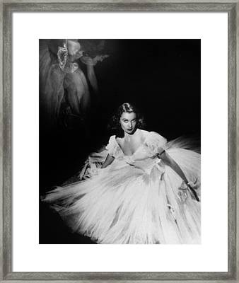 Vivien Leigh Framed Print by English School