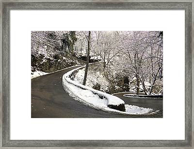 W Road In Winter Framed Print by Tom and Pat Cory
