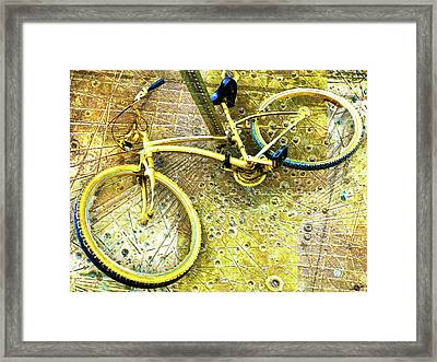 Waiting Framed Print by Tony Rubino