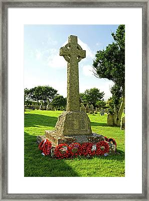 War Memorial - Chale - Isle Of Wight Framed Print by Rod Johnson