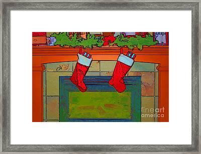Warm Greetings At Christmas Framed Print by Teresa Zieba
