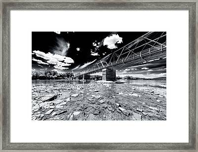 Washington Crossing Framed Print by John Rizzuto