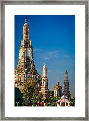 Wat Arun Framed Print