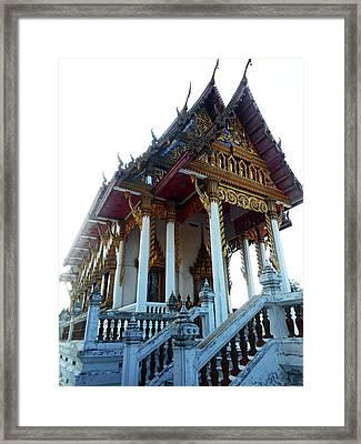 Wat Sawangfa 11 Framed Print