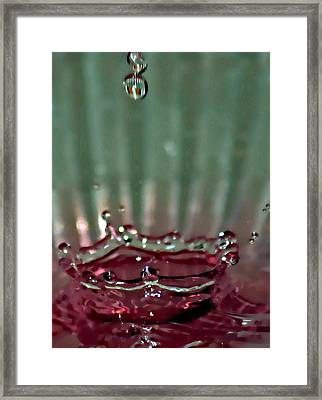 Water Drop Crown Framed Print by Cherie Duran