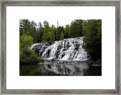 Waterfall 4 Framed Print
