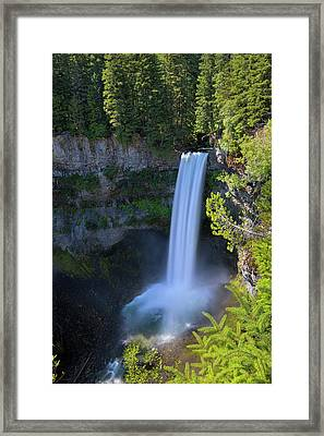 Waterfall At Brandywine Falls Provincial Park Framed Print by David Gn