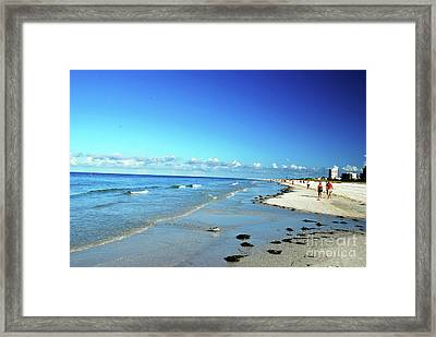 Framed Print featuring the photograph Water's Edge by Gary Wonning