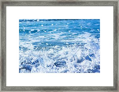 Wave 3 Framed Print